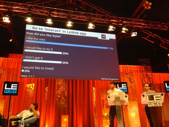 Direktes Feedback nach dem Startup-Pitch: Ein Großteil des Publikums ist von Styla angetan. (Foto: t3n)