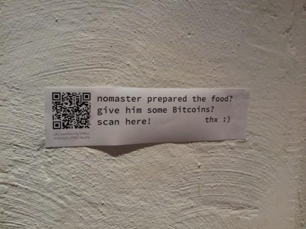 Hat das Essen geschmeckt? dann kannst du den Koch Nomaster mit Bitcoins bezahlen. (Foto: Jens Tönnesmann)