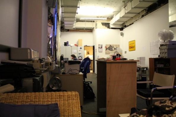 Ein bisschen wie früher an der Uni: Raum im Chaosdorf im Düsseldorf. (Foto: via flickr, mit freundlicher Genehmigung von  fibre0815)