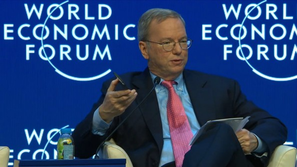 Google-Chairman Eric Schmidt redet über die Internet-Zukunft. (Screenshot: World Economic Forum)