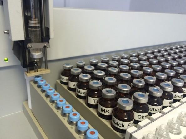 Liquid-Produktion bei Riccardo E-Zigaretten in Neubrandenburg (Foto: Riccardo Retail GmbH)