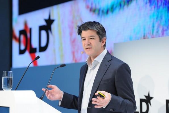 Beschwörendes Auftreten, eindringlicher Blick: Uber-CEO Travis Kalanick will zeigen, dass ihm die Verbesserung unserer Verkehrssysteme und Umweltschutz ernste Anliegen sind. (Foto: picture alliance for DLD)