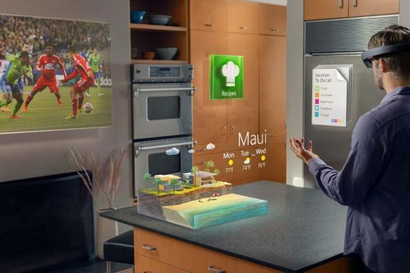 HoloLens von Microsoft: Mit der AR-Brille will Microsoft wieder beweisen, dass der Konzern innovativ sein kann. Die Brille soll es bereits Ende des Jahres zu kaufen geben. (Foto: Microsoft)