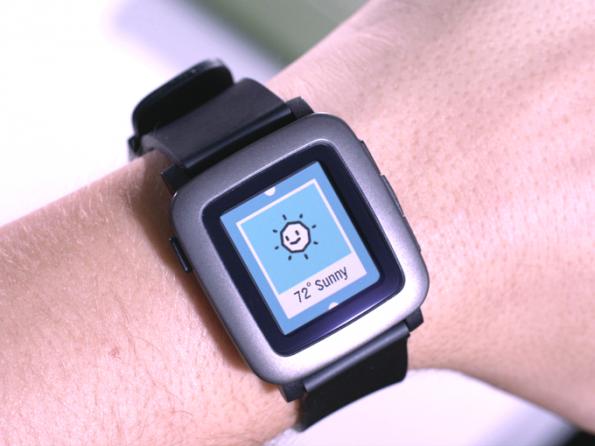 Das neue E-Ink-Display der Pebble Time: Keine Schwäche, sondern die größte Stärke der Uhr. (Quelle: Pebble)