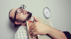 Boreout im Job? 5 Anzeichen, dass du mehr gefordert werden solltest