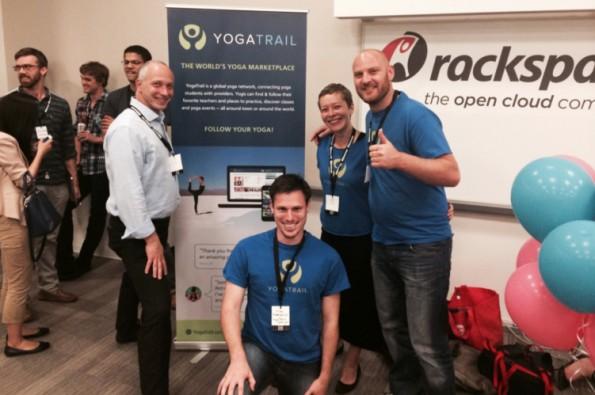 Das komplette YogaTrail-Startup macht sich bereit für den Demoday-Pitch. (Bild: YogaTrail)