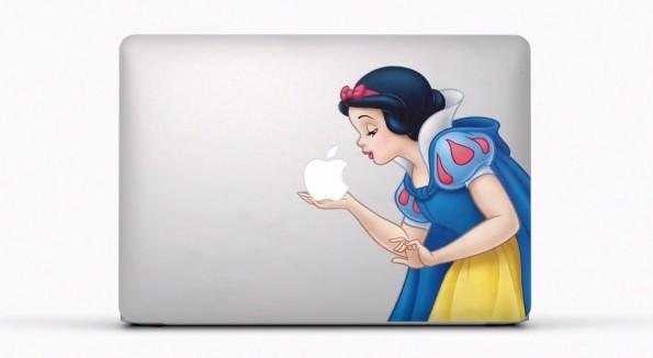 Schneewittchen darf bald goldene und silberne Äpfel küssen. (Screenshot: YouTube)