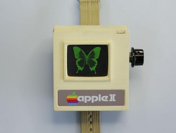 Retro: Eine Uhr im Apple-II-Design. (Foto: Aleator777 / Instructables)