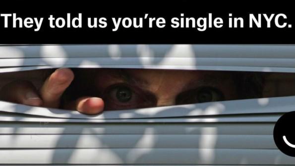 Was Facebook über uns weiß, prangert Ello in seinen Facebook-Ads an. (Bild: Ello)