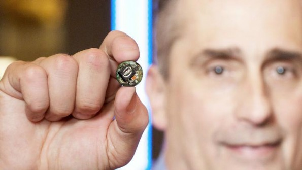 Ein Prozessor für Wearables: Der von Intel auf der CES 2015 vorgestellte Curie. (Foto: Intel)