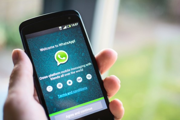 Kennst du alle WhatsApp-Funktionen? (Foto: Twin Design / Shutterstock.com)