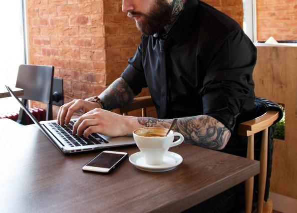 Gastartikel schreiben für mehr Bekanntheit? Bloß nicht! (Foto: FXQuadro / Shutterstock)