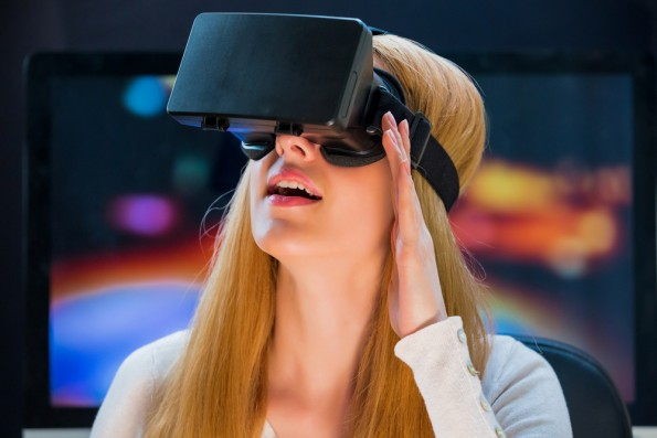 Im Rahmen einer aktuellen Studie wurden deutsche Medienmacher und Digitalprofis zum Thema Virtual Reality befragt. (Foto: Shutterstock)