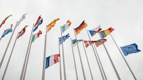 EU-Parlament stellt sich gegen die Netzneutralität – und schafft Roaming-Gebühren ab