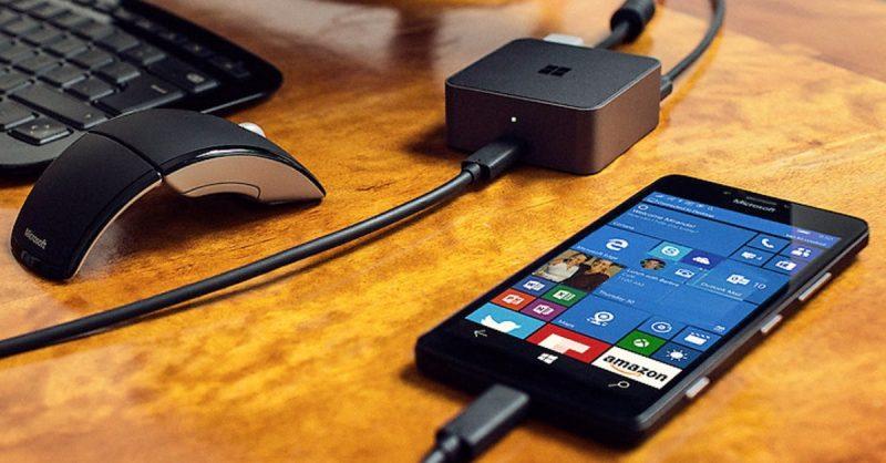Microsoft windows10 smartphone dock 800x418