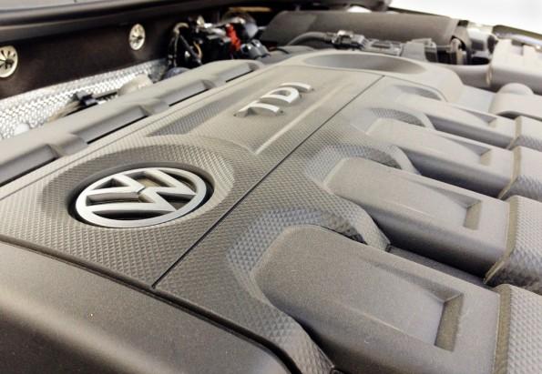 Die Software täuscht niedrigere Abgaswerte der VW-Dieselmotoren bei Tests vor. (Foto: simone mescolini / Shutterstock.com)