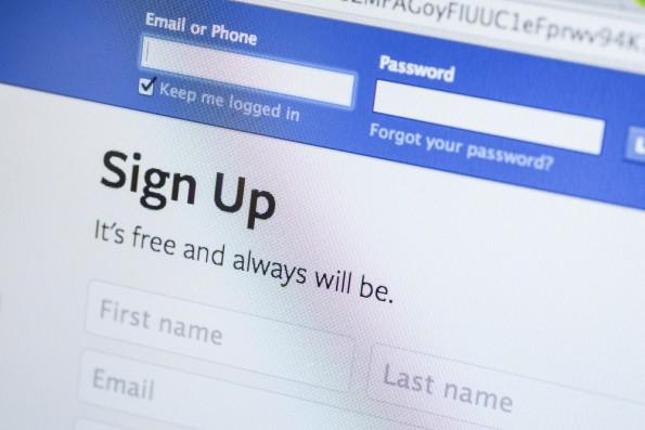 Belgische Datenschützer zwingen Facebook das umstrittene datr-Cookie abzuschalten. 10 FACE / Shutterstock.com