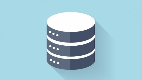 """Daten sollten in einer zentralen Datenbank gespeichert werden, damit sie fürs Marketing genutzt werden können. (Foto: <a href=""""http://www.shutterstock.com/pic-221924383/stock-vector-flat-data-storage-icon-for-web.html?src=oUQatxppTlceosKYMa6jkA-1-1"""">Shutterstock</a>)"""