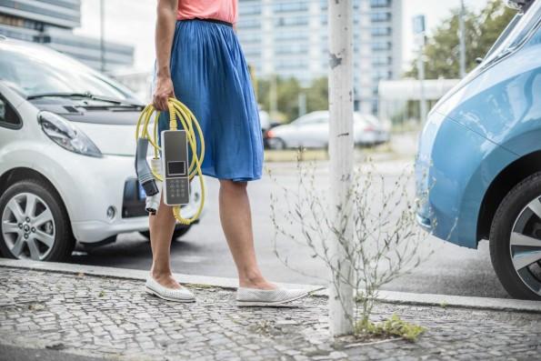 Was die Bundesregierung nicht schafft, erledigen Startups: Elektromobilität. (Foto: Ubitricity)