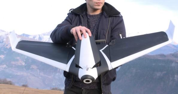 Disco: Drohne im Stealth-Bomber-Design mit Autopilot. (Bild: Parrot)