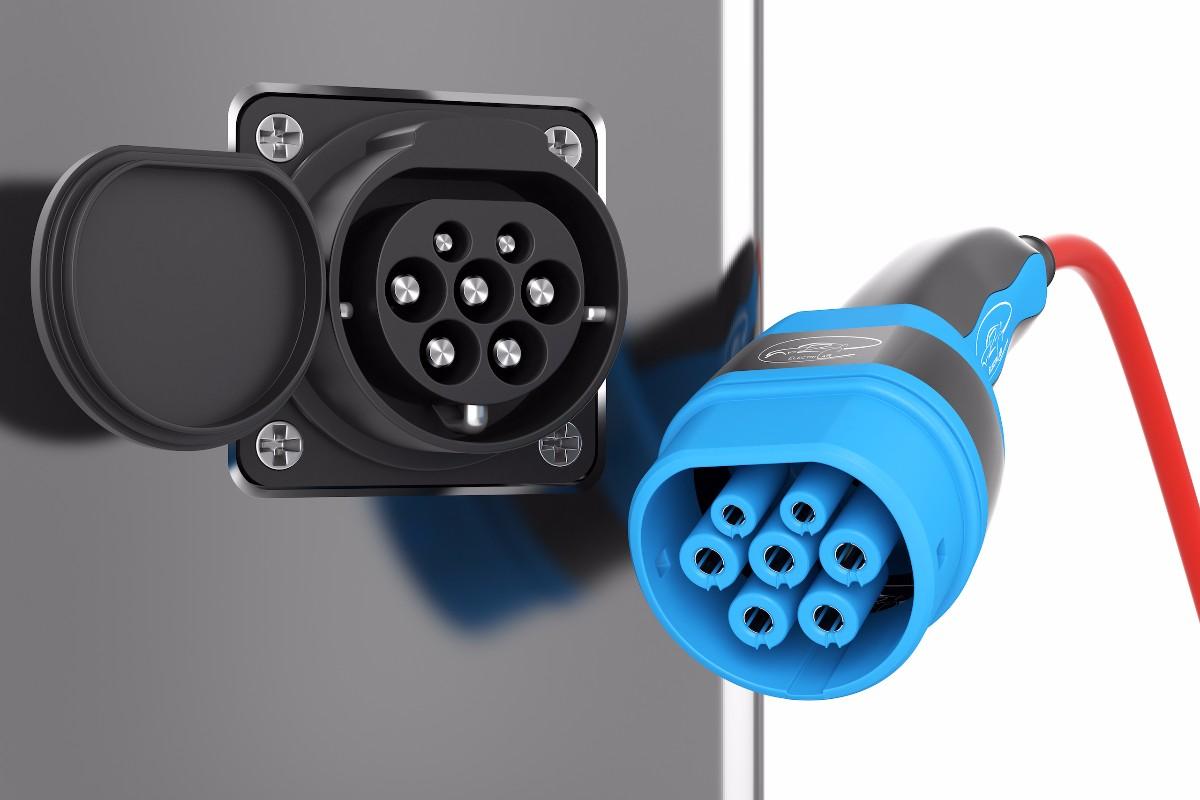 elektromobilitaet-e-auto-typ-2-stecker-2.jpg