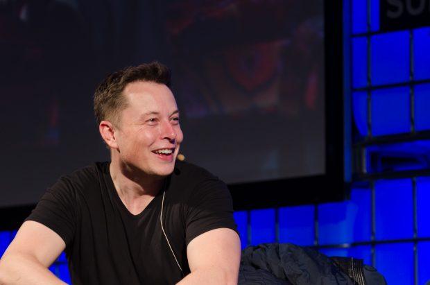 Elon Musk: Künftig brauchen wir ein bedingungsloses Grundeinkommen. (Foto: Heisenberg Media / flickr.com, Lizenz: CC-BY)