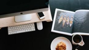 Was auf einen gut organisierten Schreibtisch gehört und was nicht