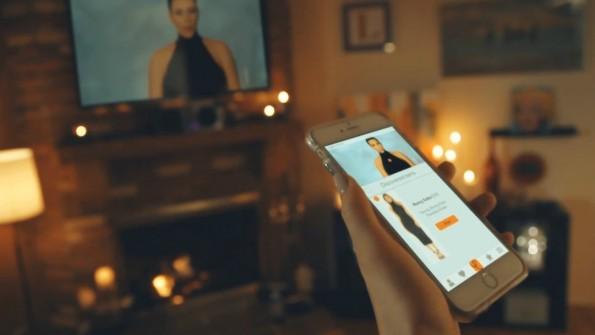 Mit der Ever-App lassen sich Outfits von Serienstars identifizieren und direkt nachkaufen. (Foto: Ever)