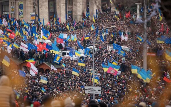 Als die Ukraine-Krise im Januar 2014 auf dem Majdan entfacht wurde, wurden verschiedene Social Bots auf Twitter beobachtet. (Foto: Euromaidan by Nwssa Gnatoush / CC BY 2.0)