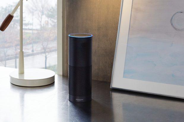 Amazon Echo: Die smarte Lautsprecherbox soll bald auch in einer Variante mit Touchscreen verfügbar sein. (Foto: Amazon)