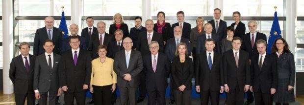 Die EU-Kommissare, darunter Günther Öttinger, auf einem Gruppenbild. (Bild: EU-Kommission)