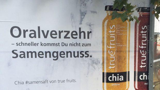 Mit solchen Plakaten warb True Fruits im Sommer für seine Smoothies. (Foto: horizont.net)