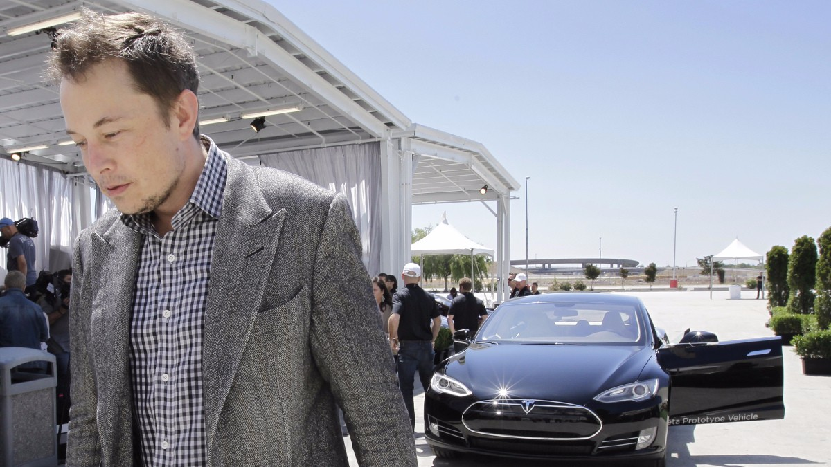 Fake-News-Seiten attackieren Elon Musk: Das steckt dahinter