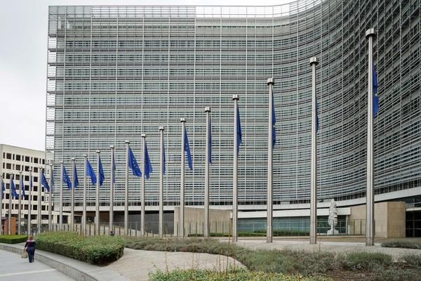 Der Entwurf der EU-Kommission führt zu Kritik von Branchenverbänden. (Foto: dpa)