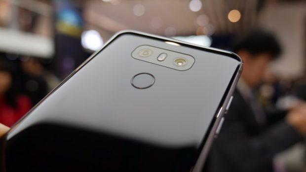 Mit dem G6 stellt LG sich gegen das Samsung Galaxy S8 auf. (Foto: t3n)