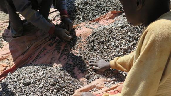 Amnesty: Auch deutsche Autokonzerne zu lax bei Kinderarbeit