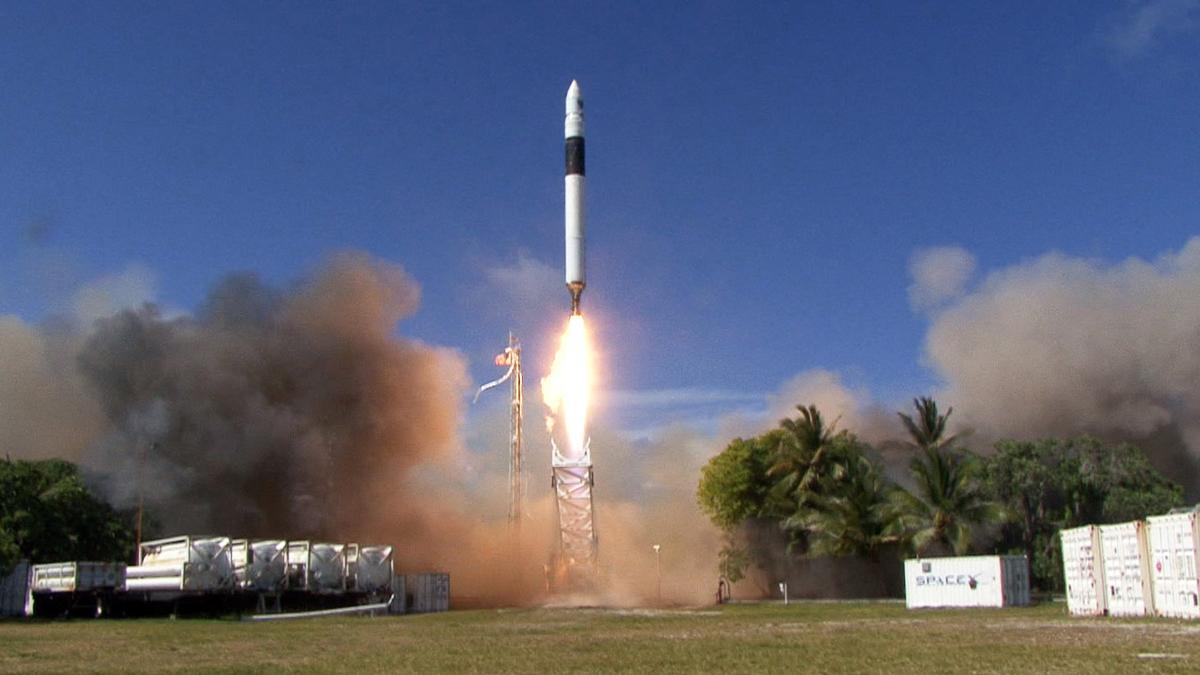 Starlink: SpaceX bringt weitere 60 Satelliten ins All