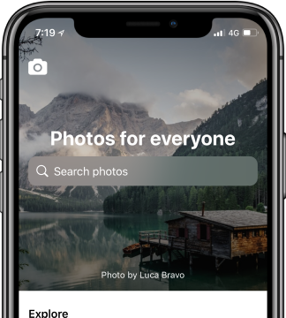 Durchsuche alle Interaction-Designs einer App. Hier die Stockfoto-Plattform Unsplash auf dem iPhone X. (Grafik: UI-Sources)