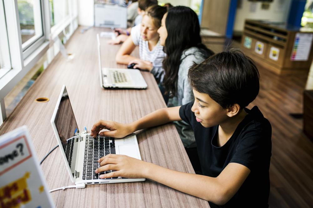 Digitales Klassenzimmer: Bund und Länder wollen Schulen Laptops und Tablets bezahlen