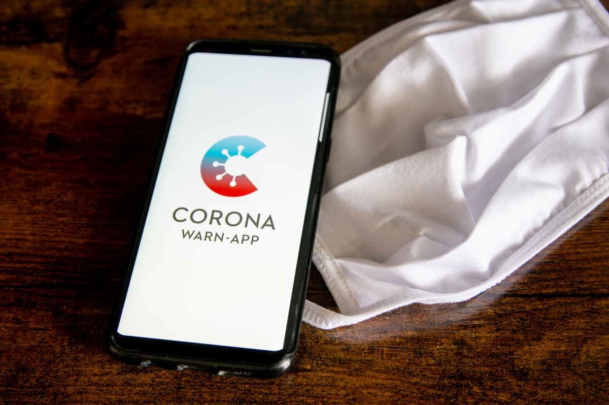 Replace to model 2.7: Corona warning app now checks whether or not certificates are real thumbnail