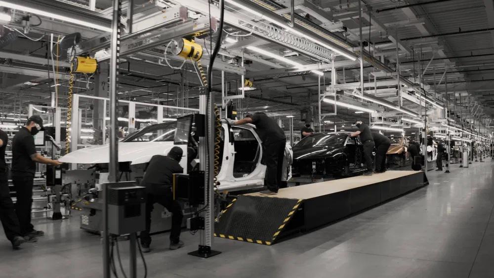 Tesla-Herausforderer Lucid: Fabrik steht –400.000 E-Autos pro Jahr geplant