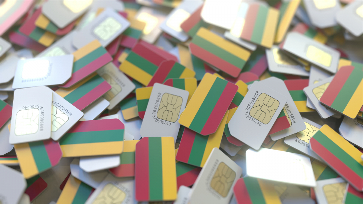 Lithuania warns of safety flaws in Chinese language 5G smartphones thumbnail